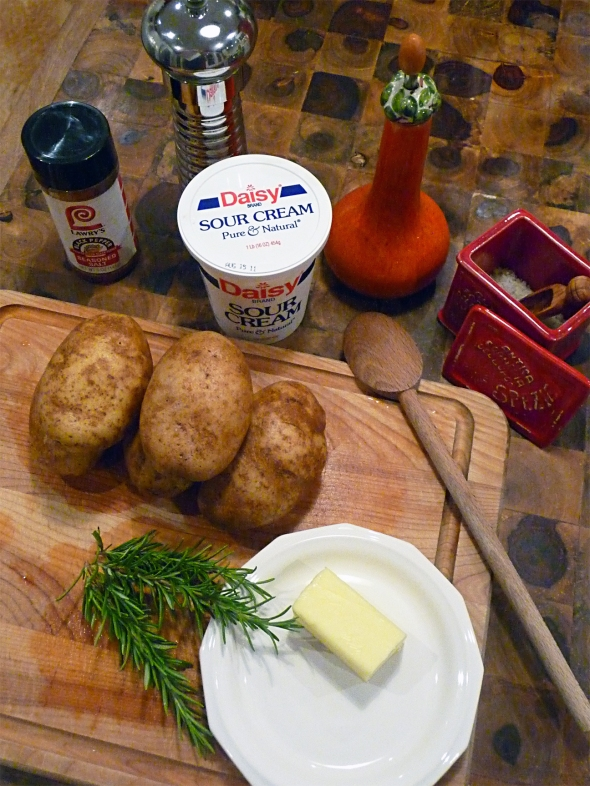 meet the cast of ingredients for my rosemary smashed potatoes