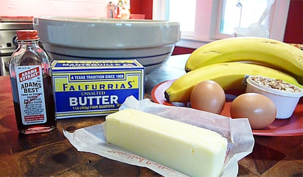 the cast of ingredients for banana nut loaf cake